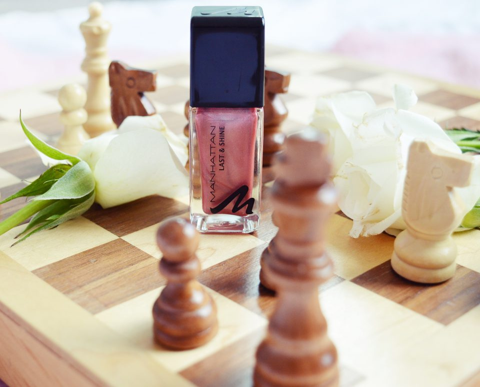 Beauty Favoriten: Manhattan Last & Shine Nagellack Rosey Wood